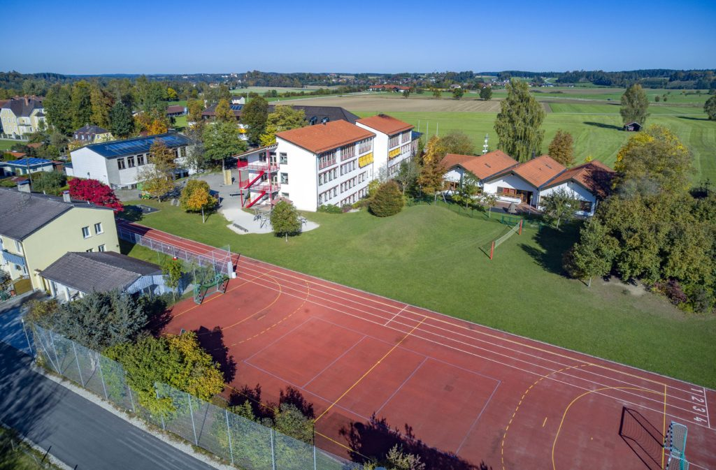 Luftaufnahme - Grundschule Sankt Georgen